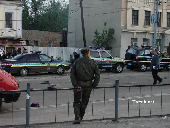 Шесть человек погибли на месте в аварии