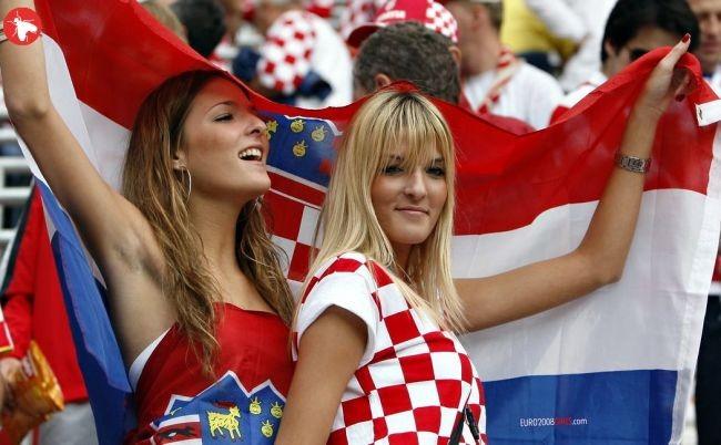 Фанатки на ЕВРО 2008. Большая подборка