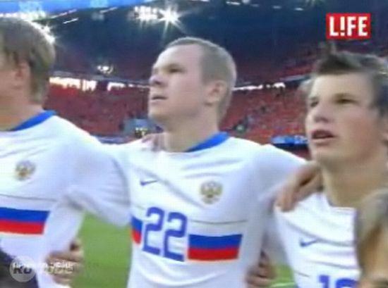 Обзор матча Россия - Голландия с дагестанским комментатором. Отжиг продолжается :)