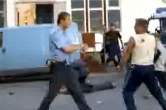 Милиция и хулиган