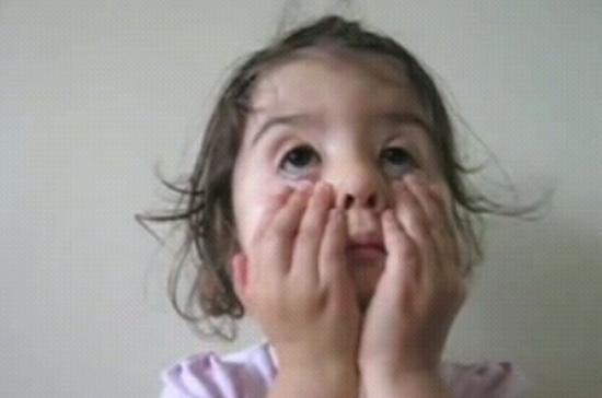 Девочка отжигает :)