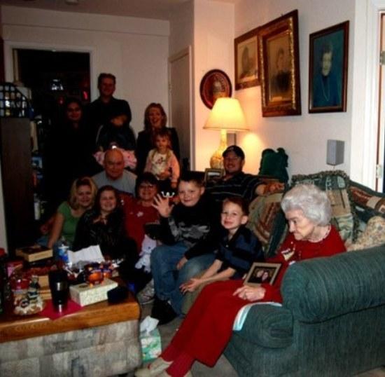 Хорошее семейное фото :)