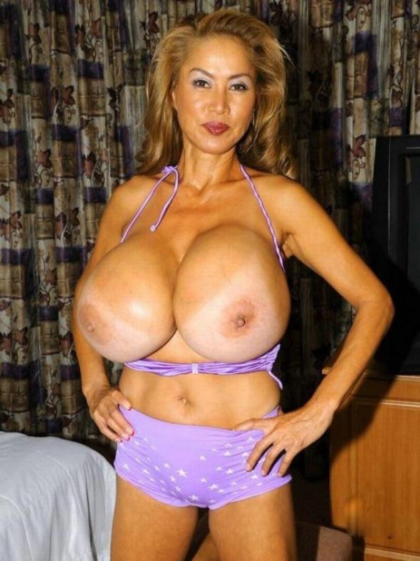 самая грудь в мире голая-щз1