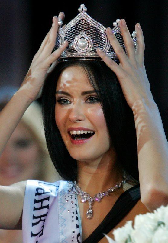 Скандальные фото Мисс России 2009