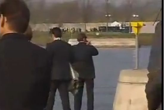У Берлускони нет комплексов :)