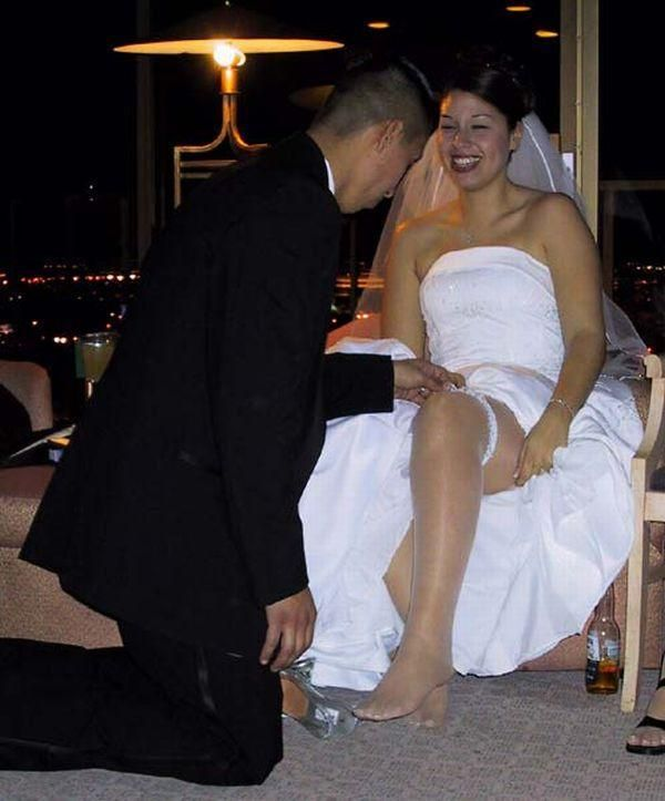 Невеста трахается с двумя 10