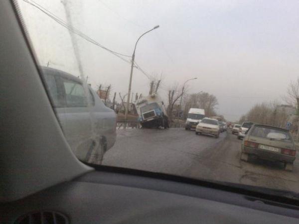 Суровые новосибирские дороги
