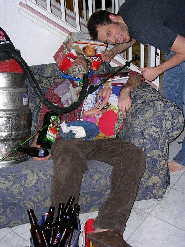 Пьяные друзья картинки прикольные, телефоном