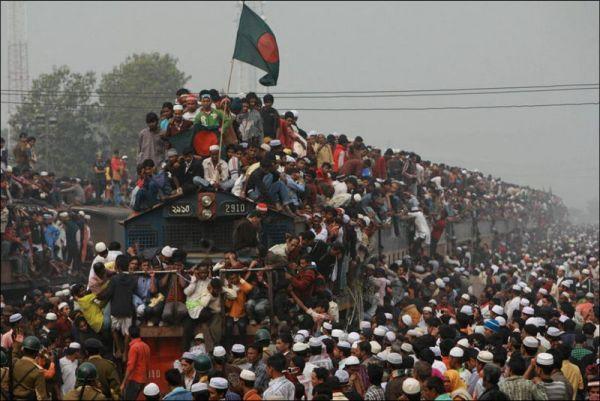 Массовая молитва в Бангладеш