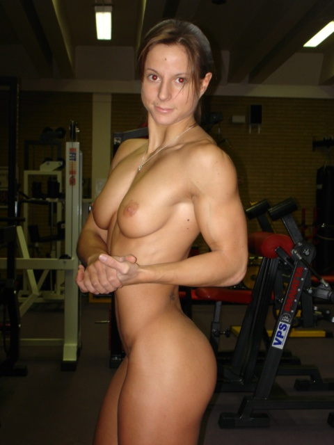 Жена секси спортсменка — img 13