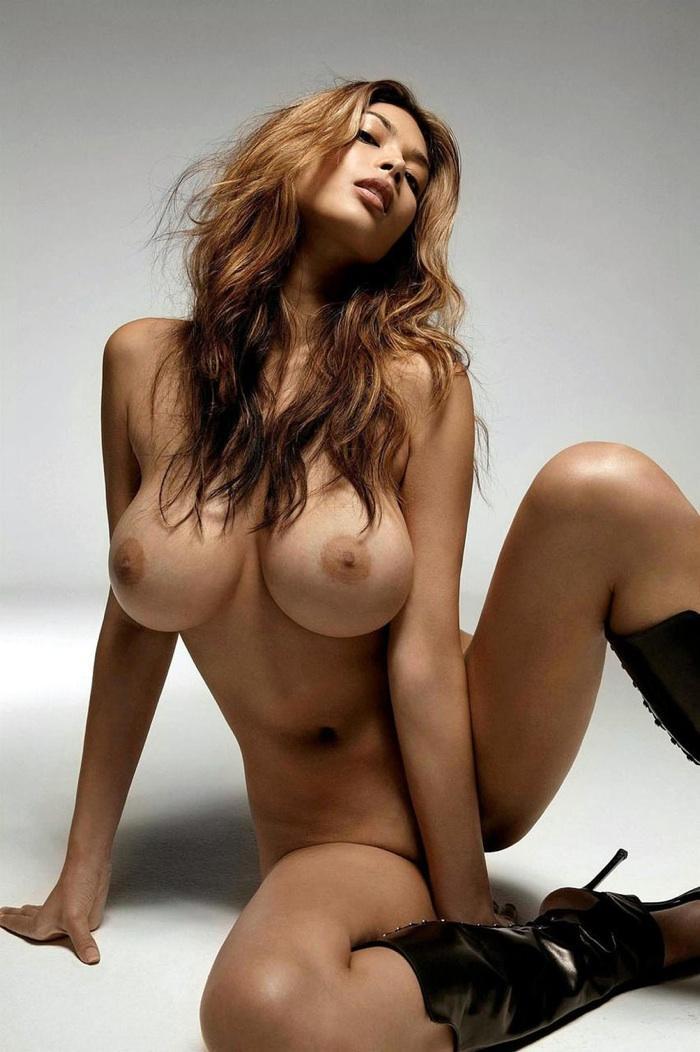 красивые голые крупно девушки фото