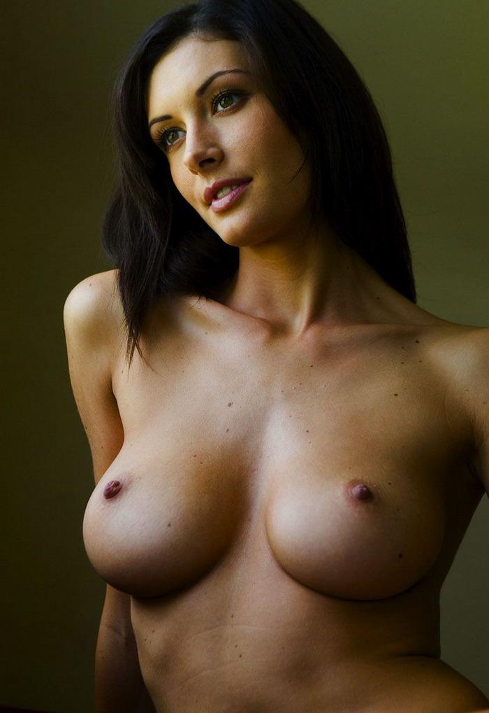 softcore-nude-persian-female-nude-milf