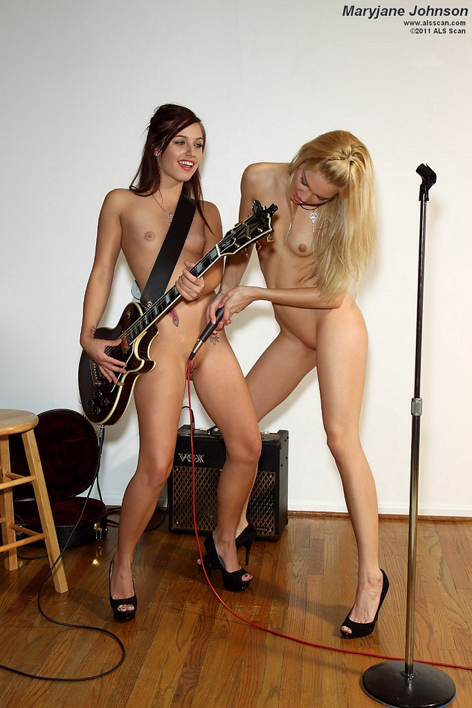 Девушки в поисках продюсера :)
