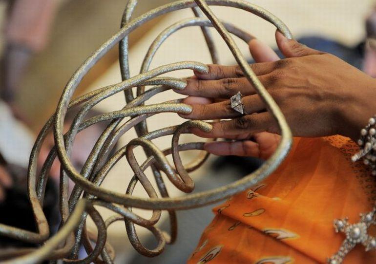 Самые длинные ногти в мире