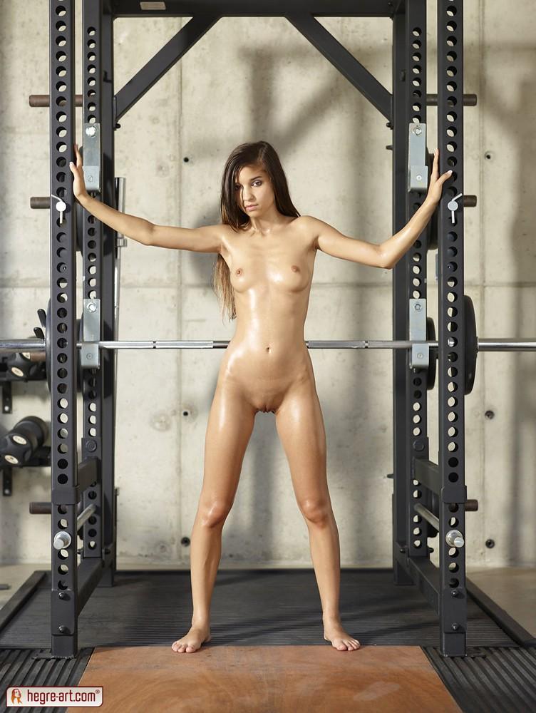 голые спортсменки на фото