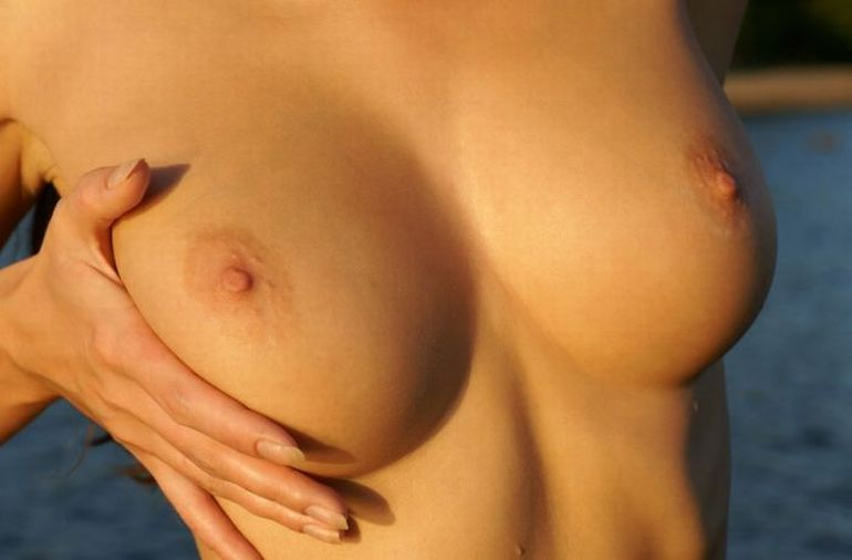 Фото красивых голых бюстов 40588 фотография