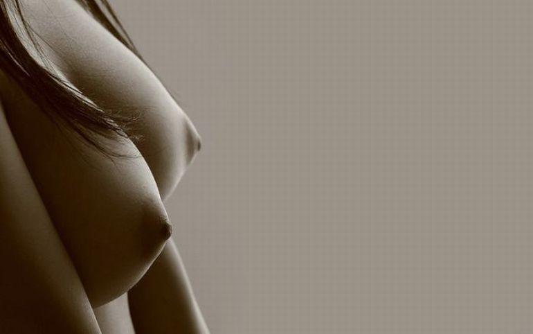 Красивая женская грудь