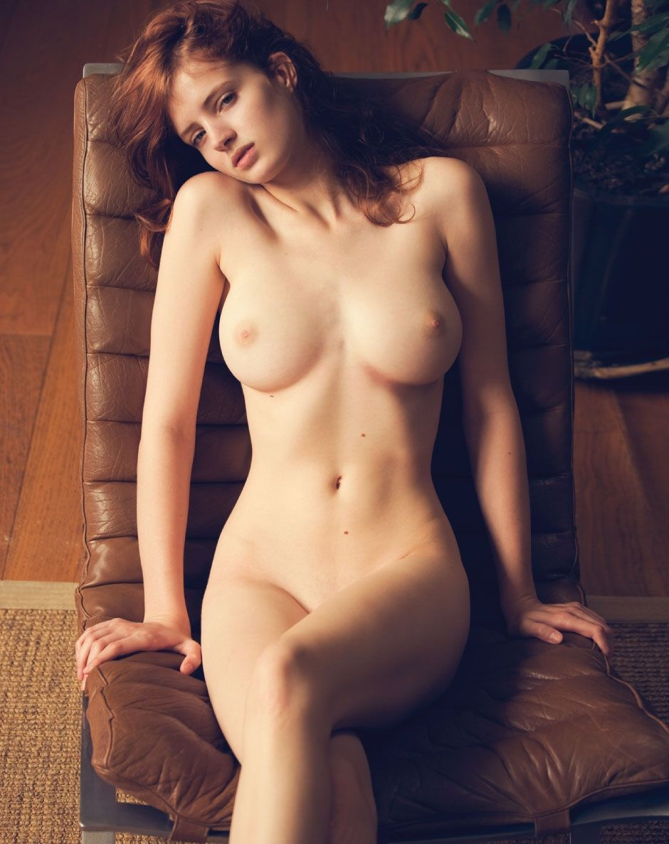 Эротическая фото голой слуцкий