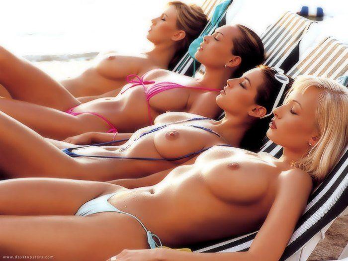 Летние девушки