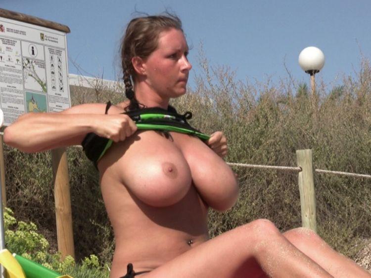 большая грудь на камеру-фр1