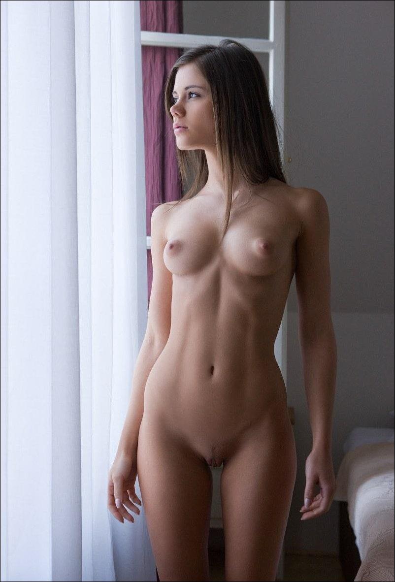 Фотоподборка домашних голых девушек 19 фотография