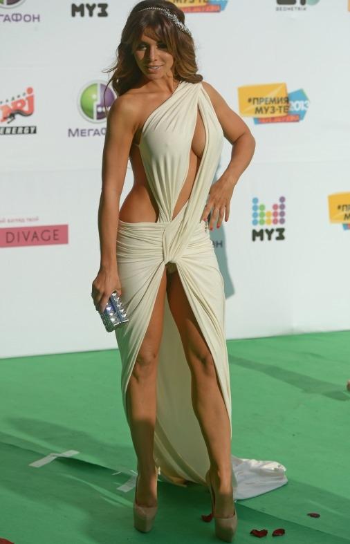 Как вам наряд Седаковой на премии МУЗ ТВ 2013?