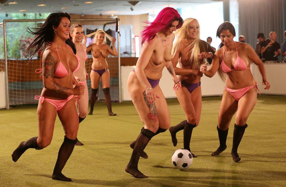 Nude female soccer 10