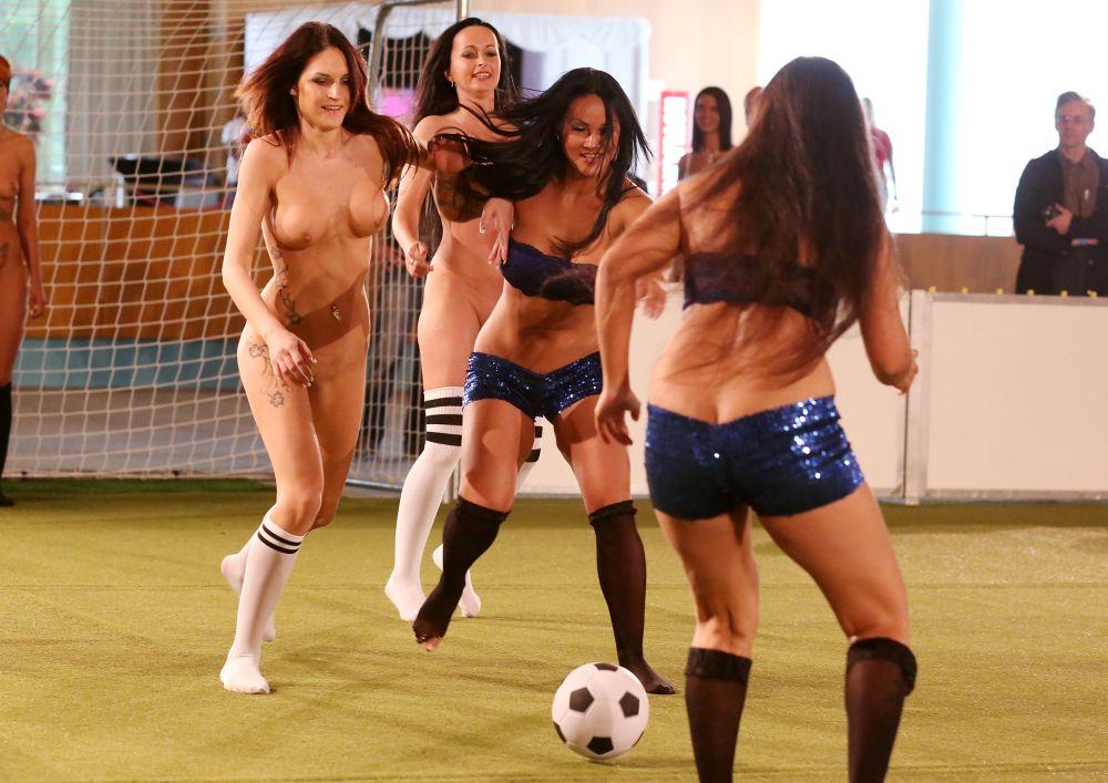 Nude female soccer 3