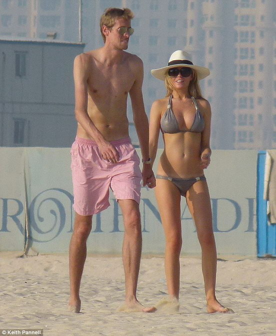 Питер Крауч со своей девушкой Эбби Кленси