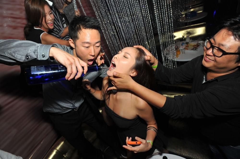 Sex in japanese dj club