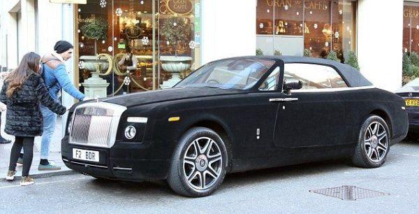 ������� ������ �������� Rolls Royce - ������� � ������������ ����