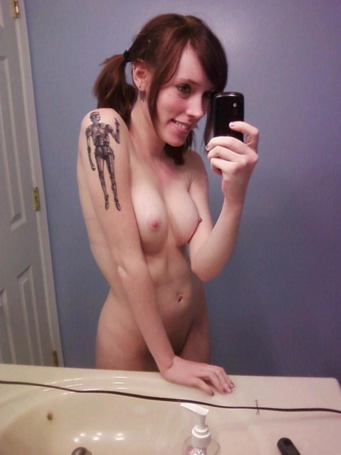 Самострелы татуированных телес
