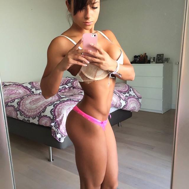 Сандра Приккер