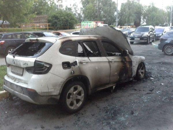 В Москве от рук неизвестных лиц сгорел кроссовер BMW X1