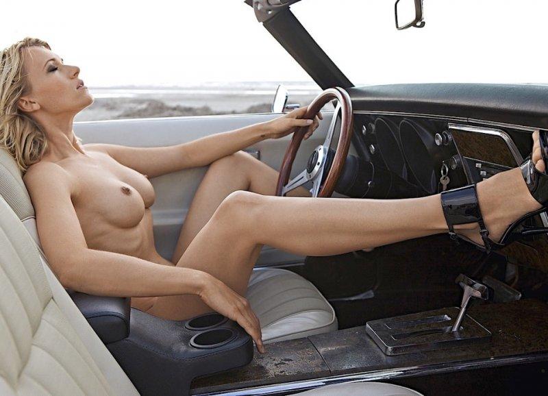 красивые телки за рулем голые - 3