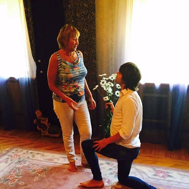 60-летняя экс-супруга Прохора Шаляпина крутит роман с 24-летним парнем