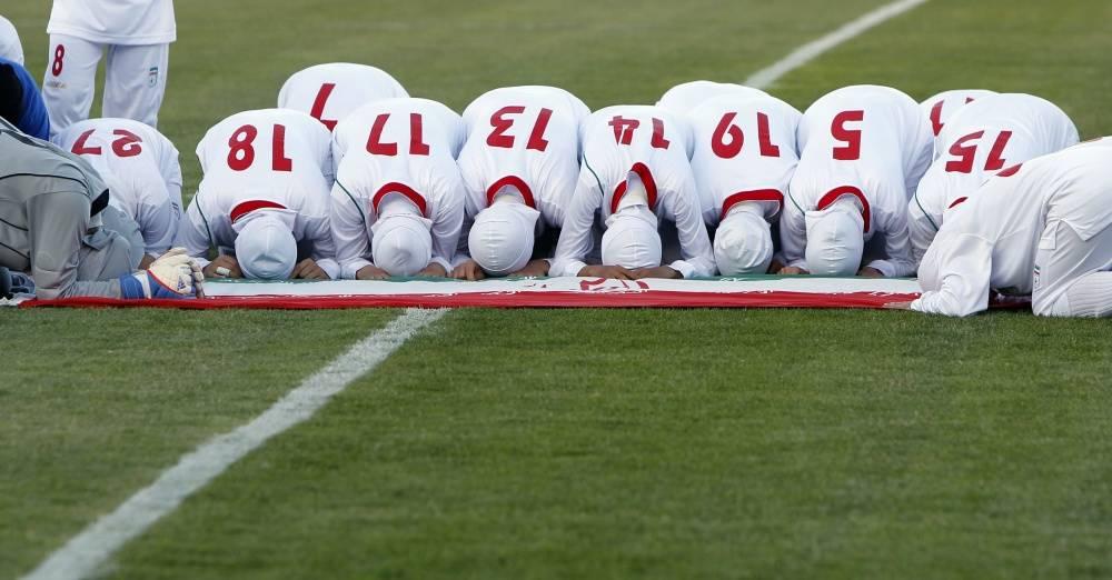 Футболисты женской сборной Ирана оказались мужчинами