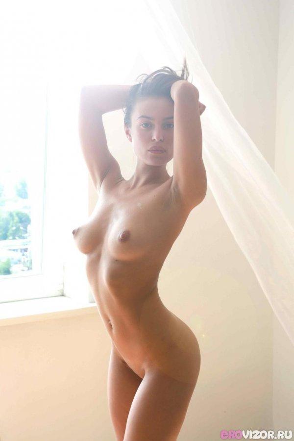 Фото совсем голых девушек 80151 фотография