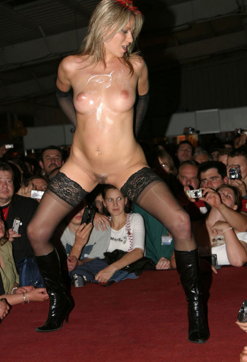 free-pussy-strip-shows
