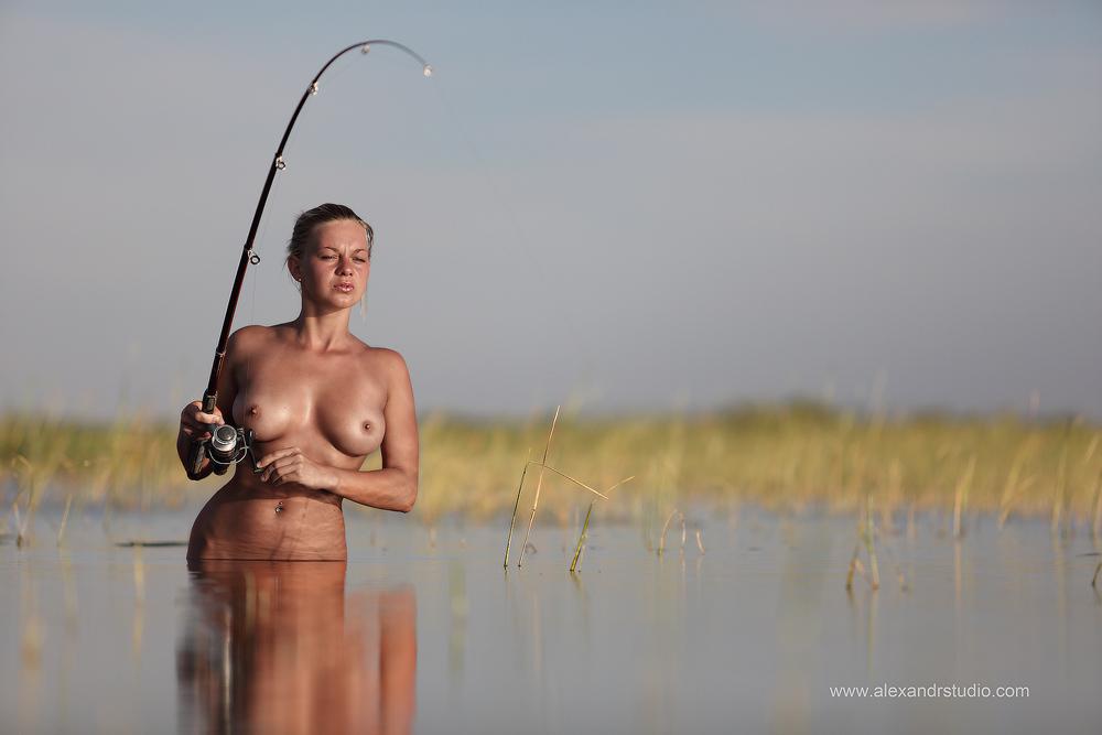 может ли муж подрочить на рыбалке от жены