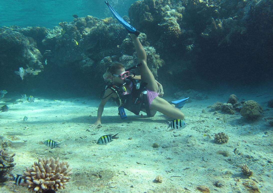 Фото женщин под водой 19 фотография