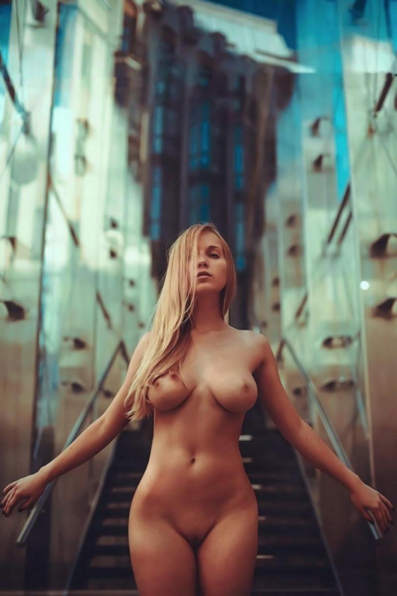Girls bikini grethel nude devine big