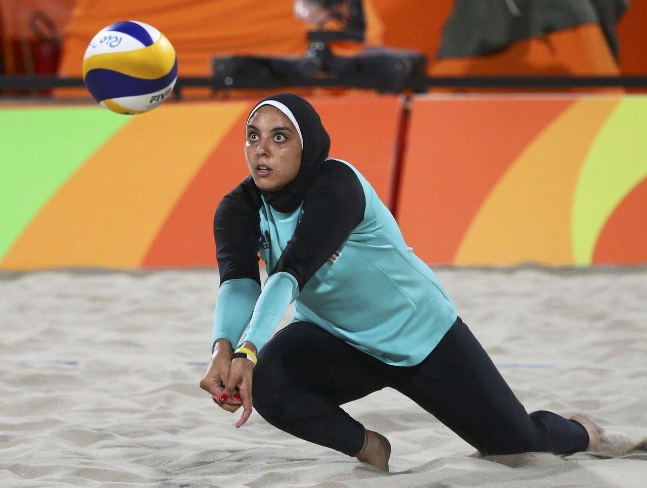 вот колодец женский пляжный волейбол египтянки фото в рио создание