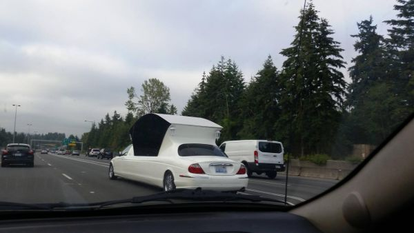 Необычный лимузин был замечен на дорогах Сиэтла
