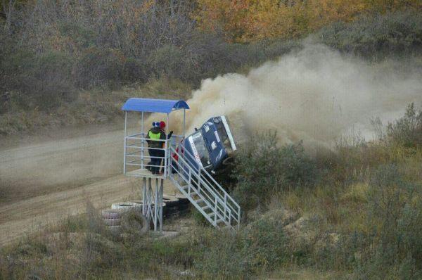 На автогонках в Омской области в результате аварии погиб судья