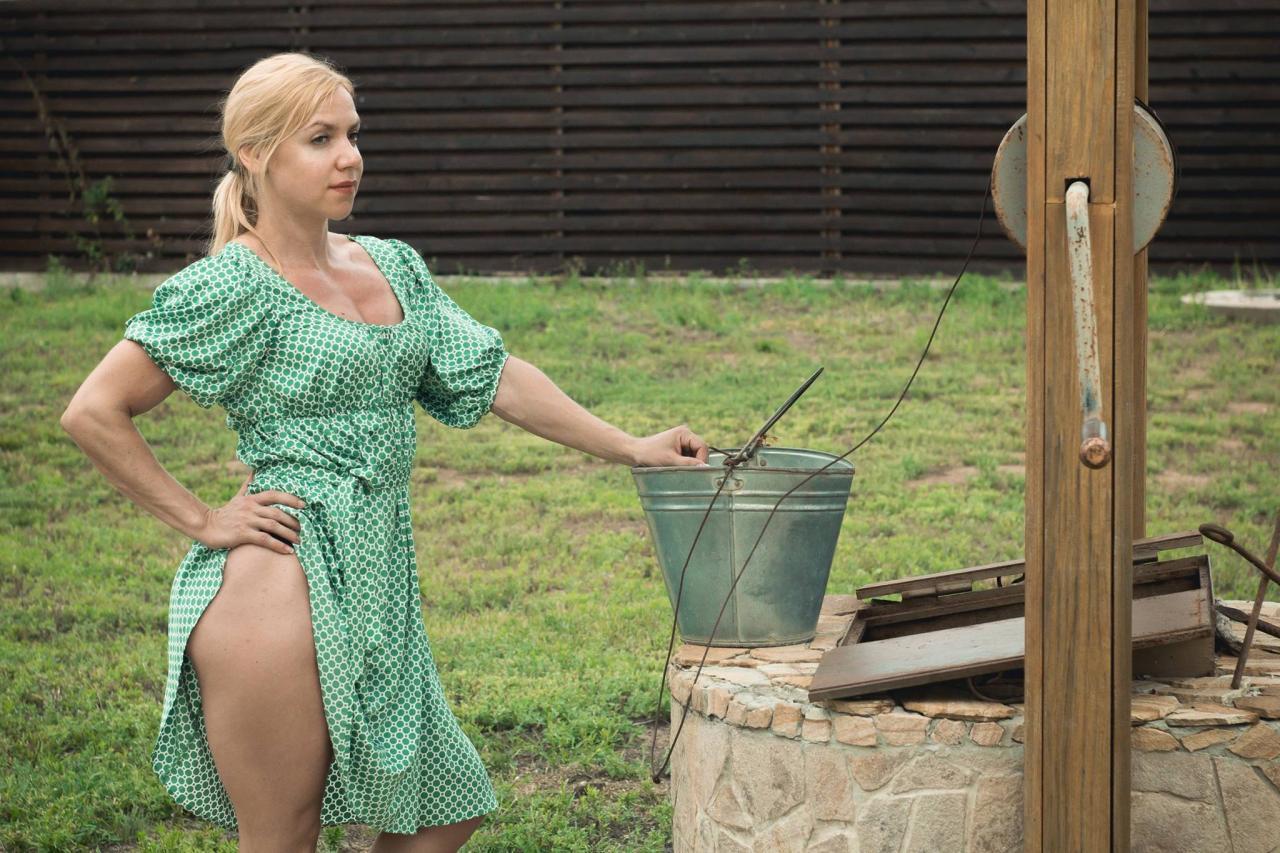 фото голых жены в деревнях - 9