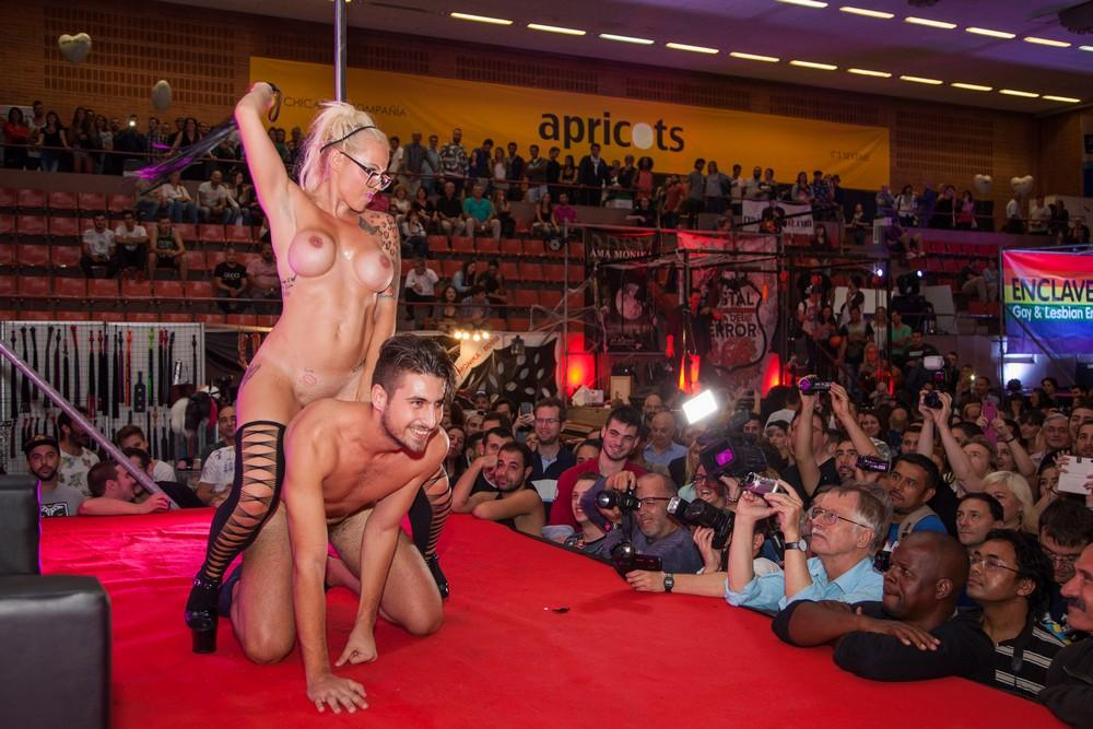 Live sex shows in vegas