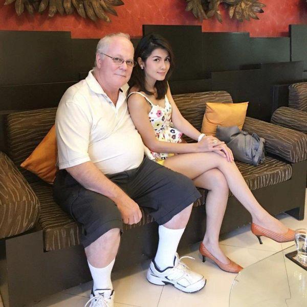 Пенсионер завел себе жену-тайку бывшую порно-звезду