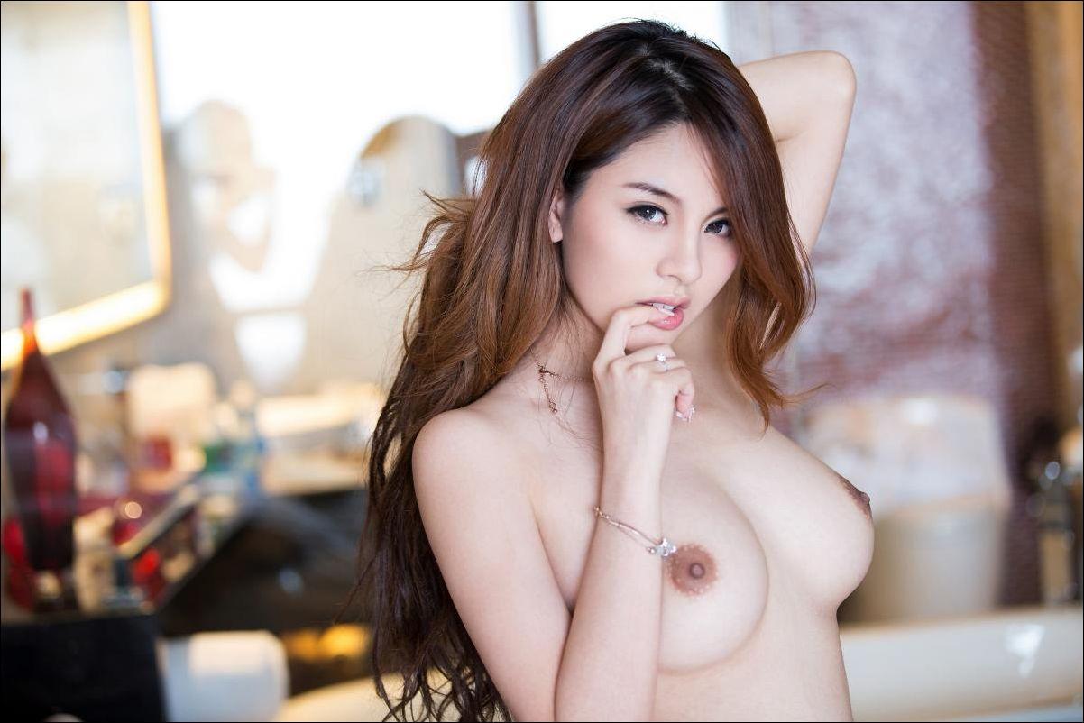 Beautiful nude taiwan women