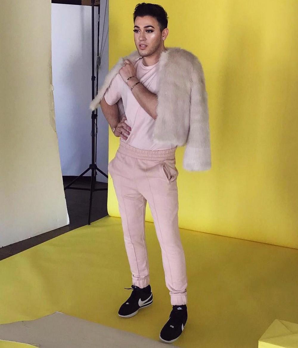 Впервые лицом косметического бренда Maybelline New York стал мужчина